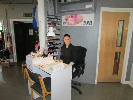 Nail Therapy Desk at DHY